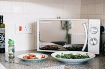Does Microwaving Food Kill Nutrients?